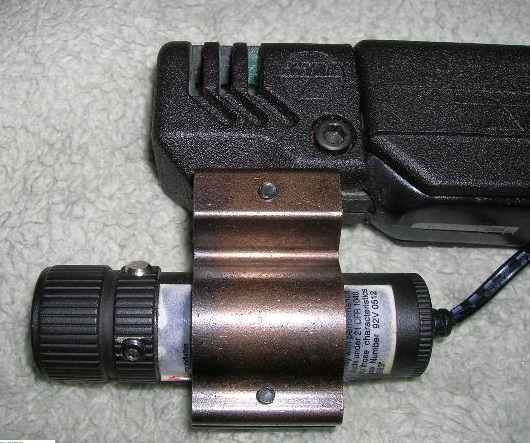 105806-02-hi-point-9mm-w-laser-and-compe-640-172.jpg