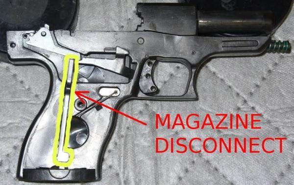 c9-magazine-disconnect-521.jpg